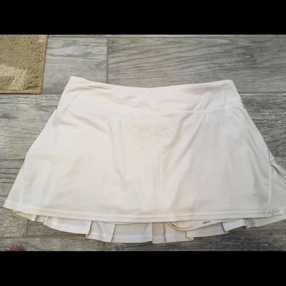 55cde94f8b lululemon athletica Shorts   Lululemon White Tennis Skirt   Poshmark